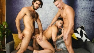 Men - The Gardener Aston Springs, Beaux Banks And Diego Sans Public Sex