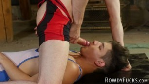 Gay Dude With a Big Cock Enjoys Hardcore Anal