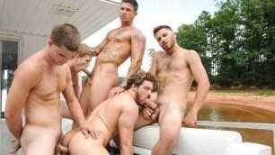Men - Skinny Dipping Andrew Blue, Brett Carter, Jimmy Johnson, Sebastian Young And Tommy Defendi Fucks