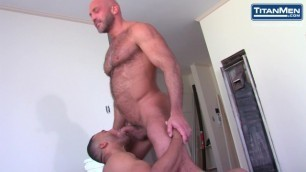 Bald Muscle Daddy Shoves his Curved Dick Deep in Black Bud