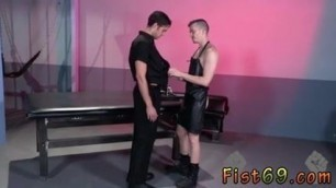 Gay muscle  gets fisted first time Chronic going
