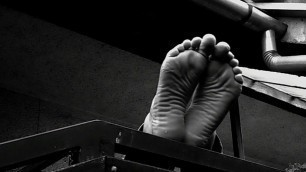 wrinkled soles I